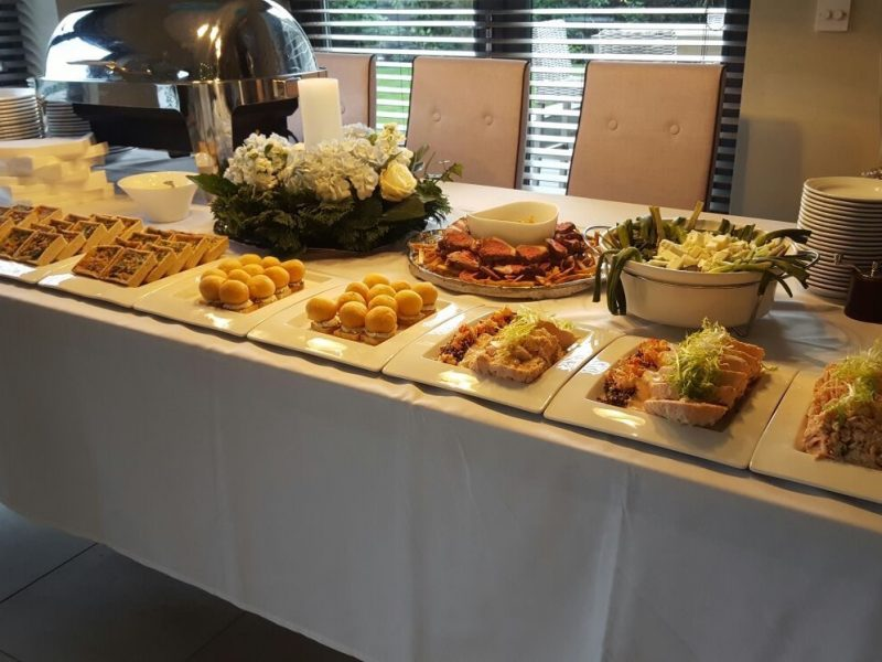 Buffet Outside Catering Nova The Outsiders